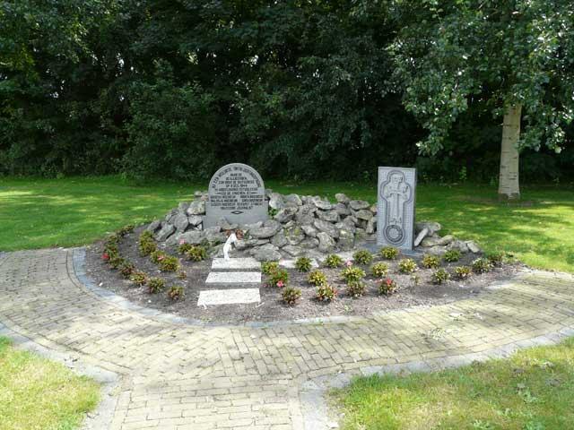 Middelharnis_Armenen_WO2GO_monument4